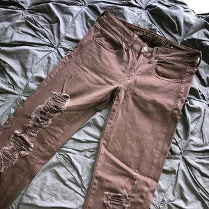 Super cute ripped American Eagle skinny jeans